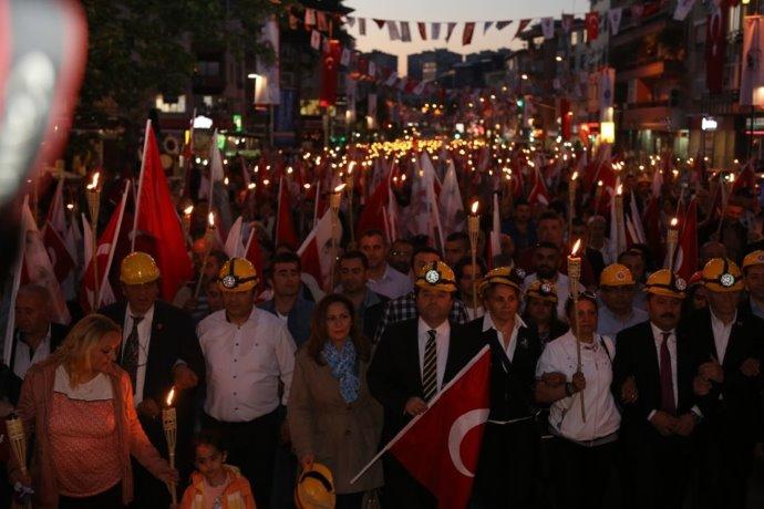 Başkan Kılıç 19 Mayıs'a ve Soma Emekçilerine sahip çıkıyor